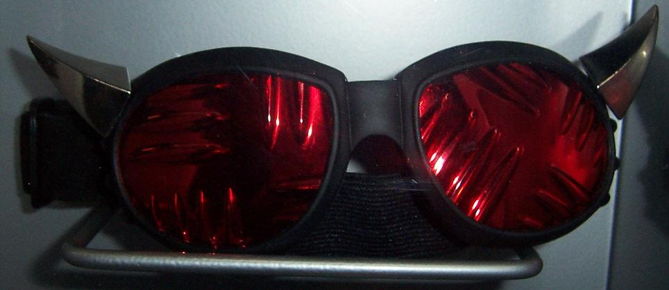 Chunky Spike Goggles w/plate lenses